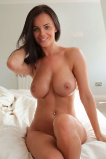 Hot Busty MILFs gallery